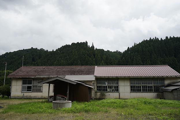 岡山県真庭郡湯原町立 見明戸小学校